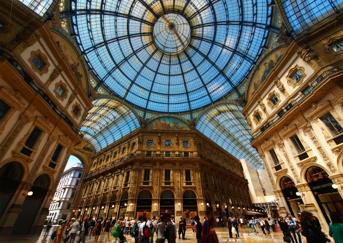 Galleria Vittorio Emanuele II, Milaan, Italië - foto paul bica from Toronto, Canada (Flickr) [CC BY 2.0 (http://creativecommons.org/licenses/by/2.0)], via Wikimedia Commons